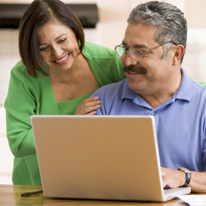 Inner Banks patients using Patient Portal on the computer.
